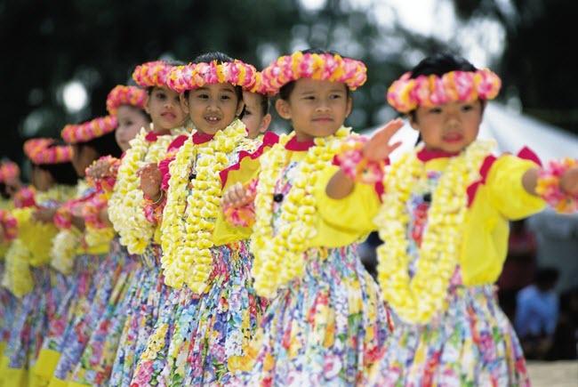 Cho thuê trang phục múa hawaii