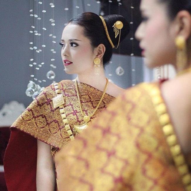 Chiêm ngưỡng vài người đẹp Lào xinh lung linh