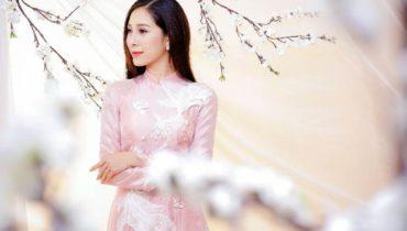 Mẫu áo dài cô dâu nào nữ hoàng trang sức 2017 khuyên bạn nên chọn?